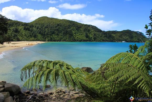 Abel Tasman National Park é um dos 14 parques nacionais neozelandeses