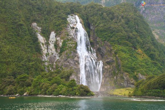 Bowen Falls em Milford Sound na Nova Zelândia