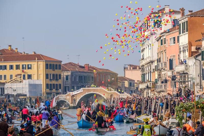 Carnaval Veneza Por Gentian Polovina