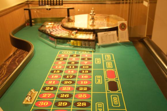 Casino no Cruzeiro na Polinésia Paul Gauguin