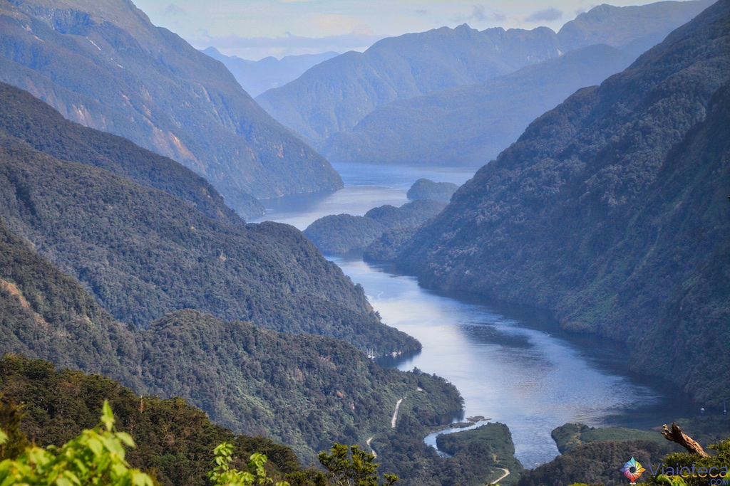 Doubtful Sound visto do alto da Wilmot Pass
