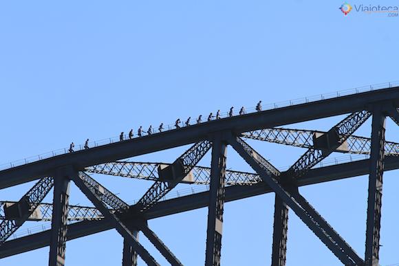 Escalando a Sydney Harbour Bridge (2)