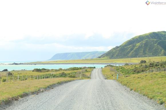 Estrada na Wairarapa Coast nos arredores de Wellington