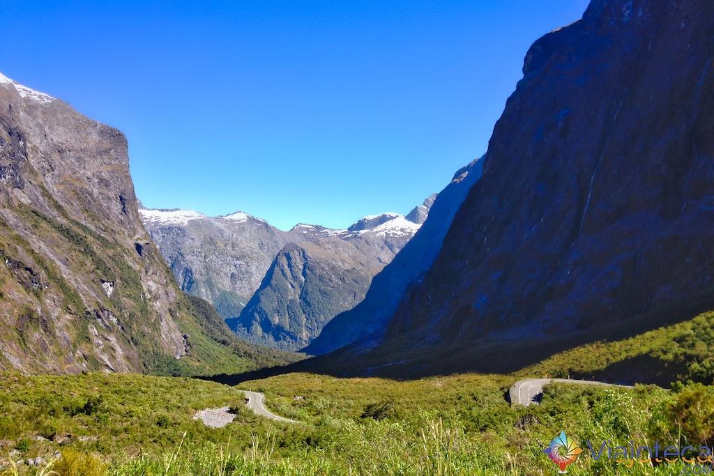 Estrada para o Milford Sound na Nova Zelândia 1
