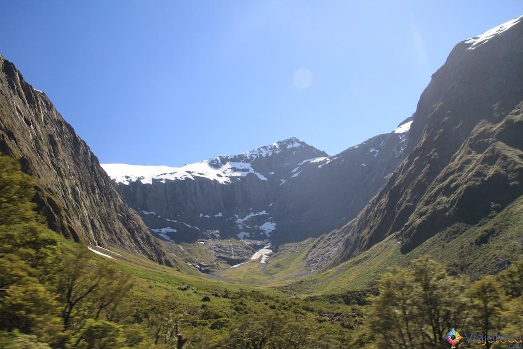 Estrada para o Milford Sound na Nova Zelândia 73