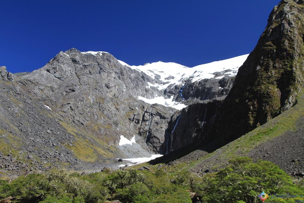 Estrada para o Milford Sound na Nova Zelândia 74