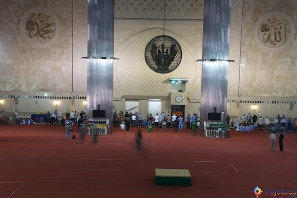 Istiqlal Mosque em Jakarta - A Maior mesquita do sudeste asiático 29