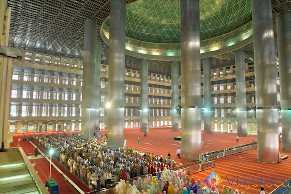 Istiqlal Mosque em Jakarta - A Maior mesquita do sudeste asiático 20
