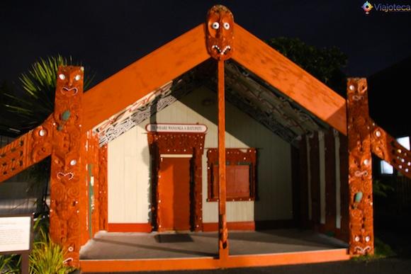 Maoris na Nova Zelândia - Te Puia 1