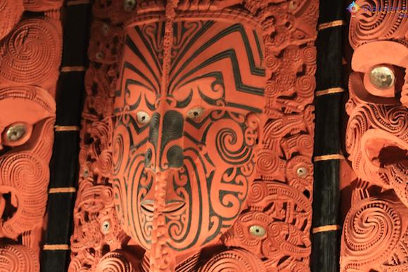 Arte Maori no Museu de Auckland na Nova Zelândia