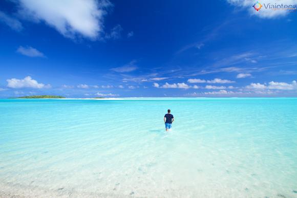 Oscar Risch em Aitutuaki nas Ilhas Cook