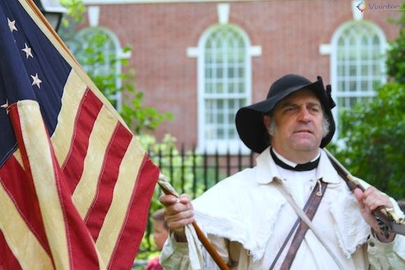 Encenação da revoluçao Americana no Independence Ha