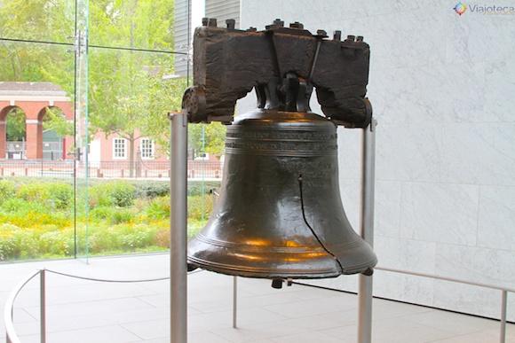 Sino da liberdade em Philadelphia – Antigamente ficava na torre do Independence Hall