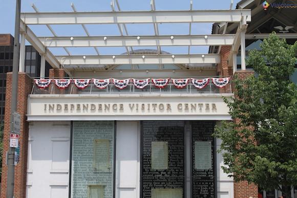 Independence Visitor Center, local onde você pega os ingressos para o tour pelo Independence Hall