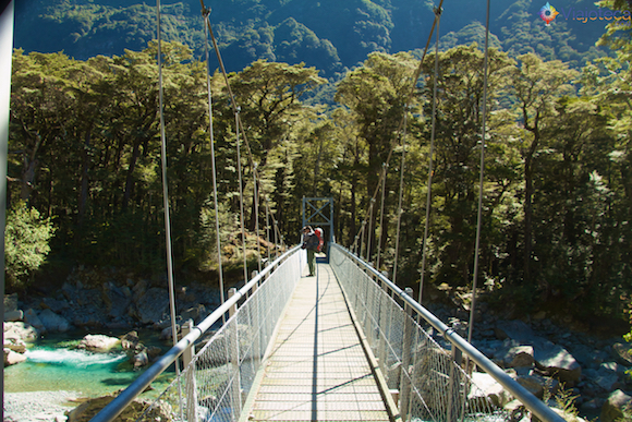 Ponte pênsil na Routeburn Track na Nova Zelândia