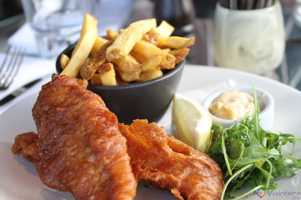 Fish and chips do Takapuna Beach Café