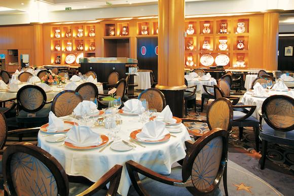 Enjoy dinner in The Gauguin's main restaurant, L'Etoile.