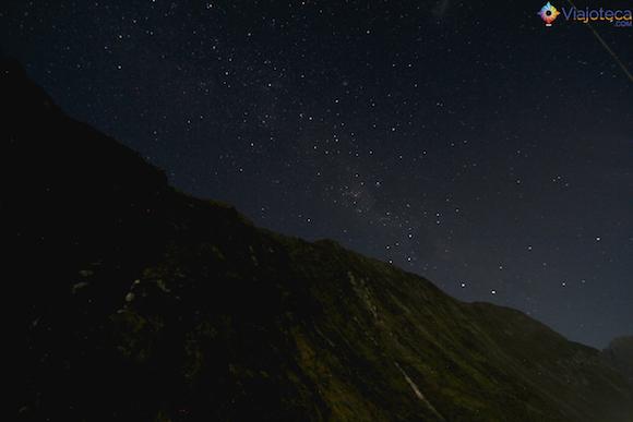 Southern Skies no Milford Sound na Nova Zelândia