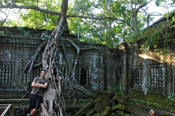 Templos no Camboja- Boeng Melea (19)