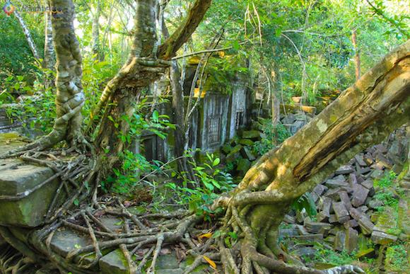 Templos no Camboja- Boeng Melea (24)