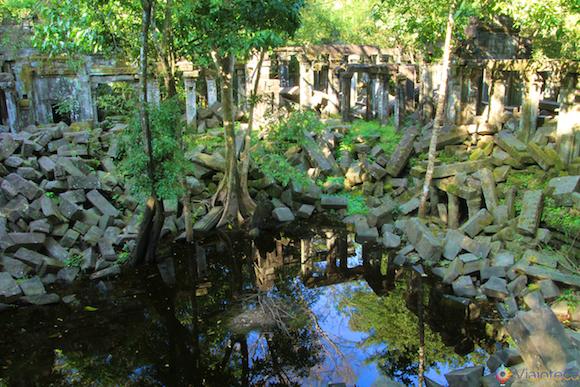 Templos no Camboja- Boeng Melea (6)