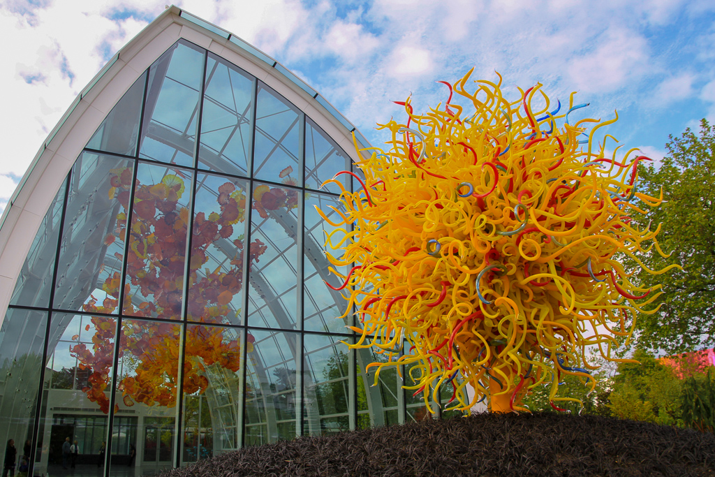 The Sun e o Chihuly Conservatory em Seattle