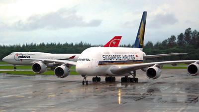 A380 ao lado Boeing 747