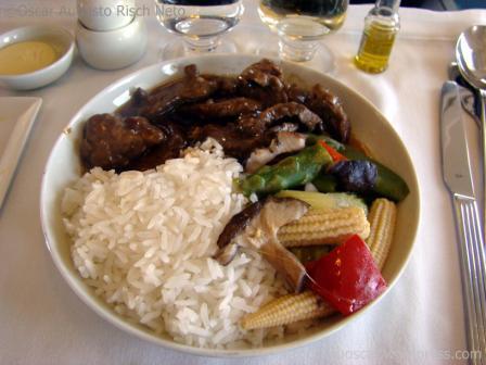 Almoco Classe Executiva Singapore Airlines