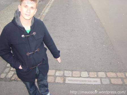 Checkpoint Charlie - Muro Berlin