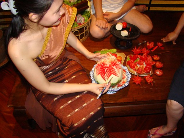 Esculturas em Fruta