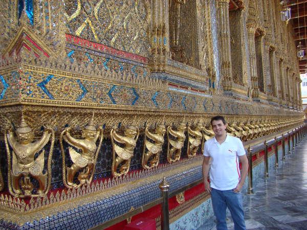 Garudas ao Redor do Emerald Buda Temple