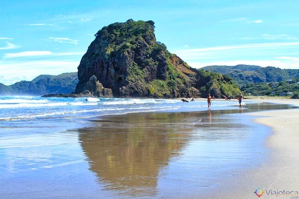 Piha Beach em Auckland