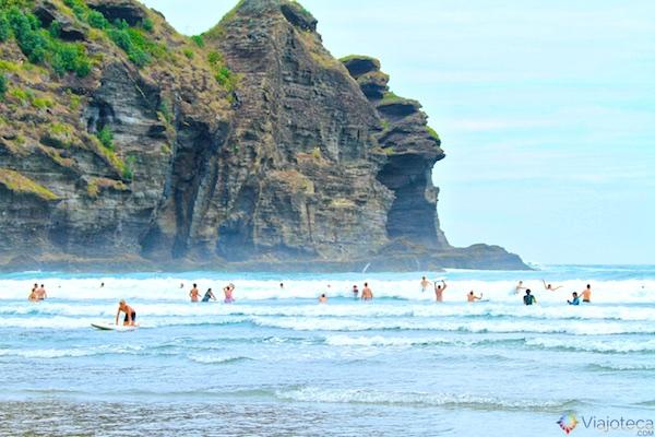 Praia em Auckland