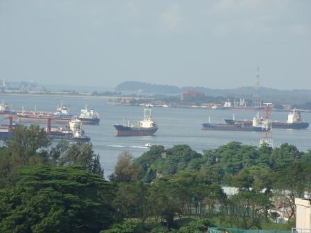 Navios em Singapura