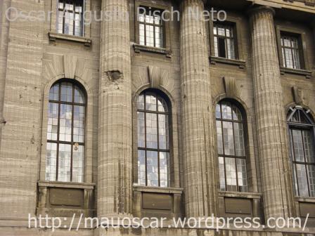 Pergamon Museu - Fachada avariada na guerra