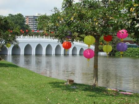 Ponte dos 13 arcos com Lanternas