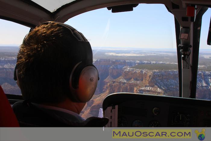 Sobrevoando o Grand Canyon de Helicoptero